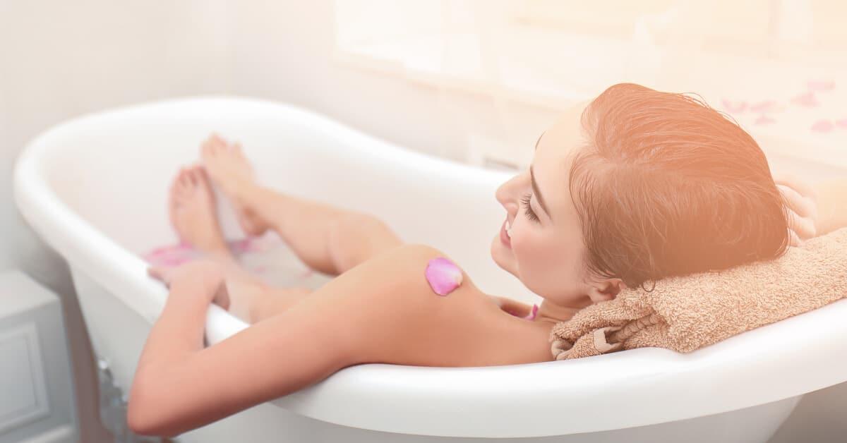 bain relaxant aux huiles essentielles